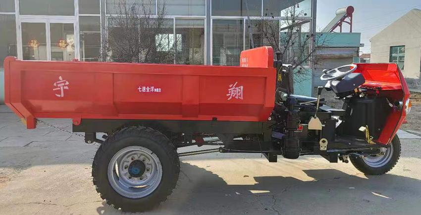 工程柴油三轮车